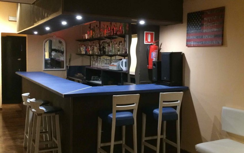 Cosy Live Music Bar In Magaluf For Sale
