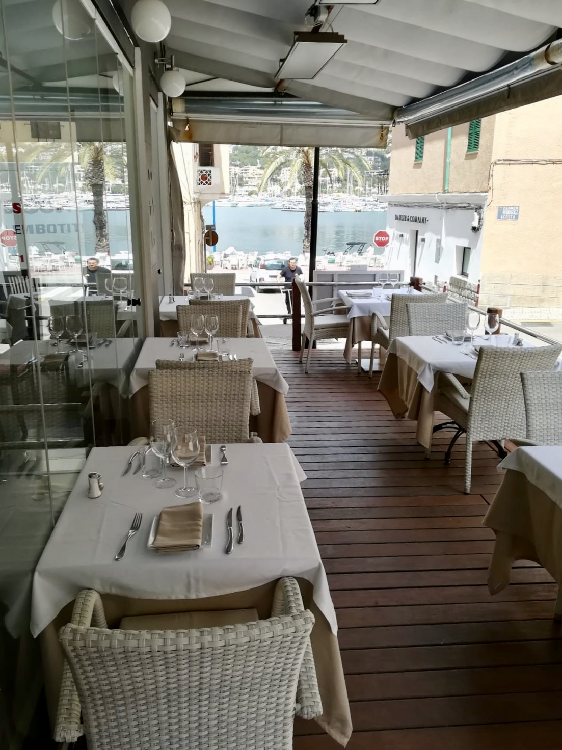 Resturant With Front Line Terrace In Port Andratx For Sale