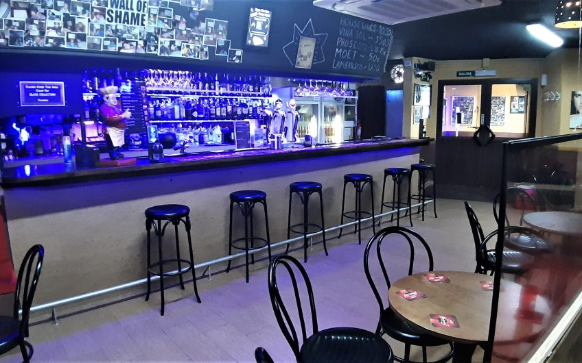 Popular Karaoke and Live Music Bar in Santa Ponsa